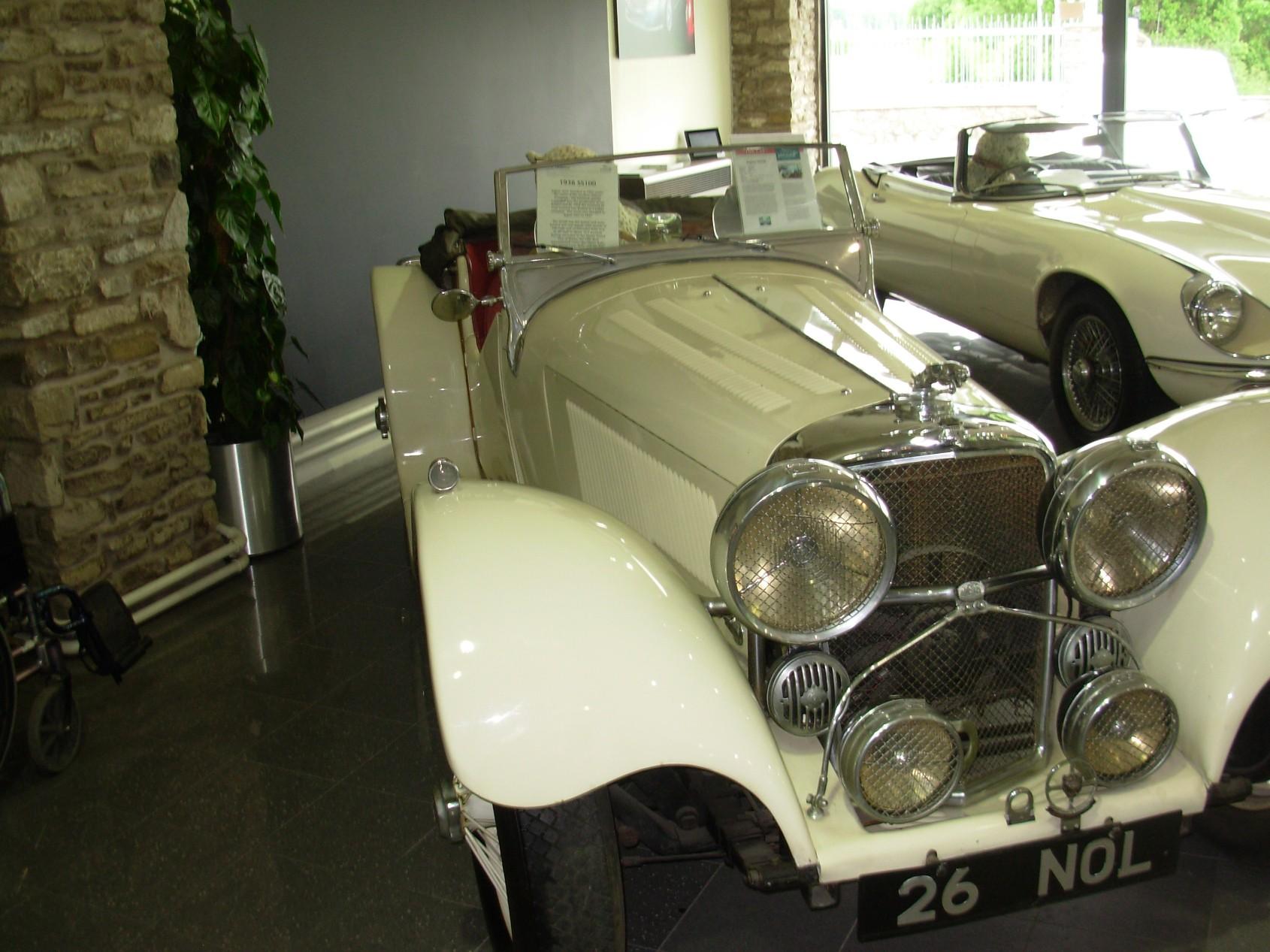 PV Dobsons Jaguar